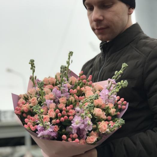 Нежный аромат маттиолы: букеты цветов на заказ Flowwow