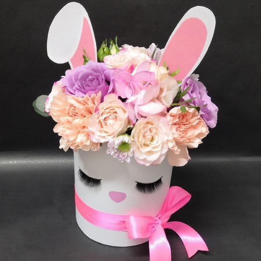 Малышка зайчишка: букеты цветов на заказ Flowwow