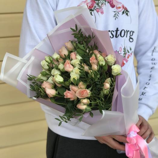 Букет из кустовых роз с пистацией (15 штук). N623: букеты цветов на заказ Flowwow