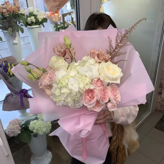 Нежность гортензии: букеты цветов на заказ Flowwow