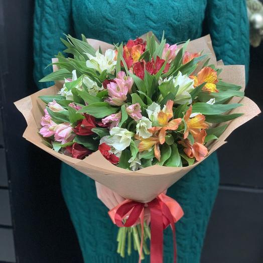 Прекрасная альстроемерия: букеты цветов на заказ Flowwow
