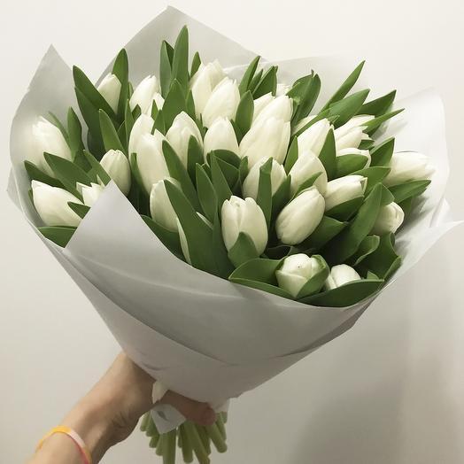 "Букет из 35 белых тюльпанов ""Антарктика"""