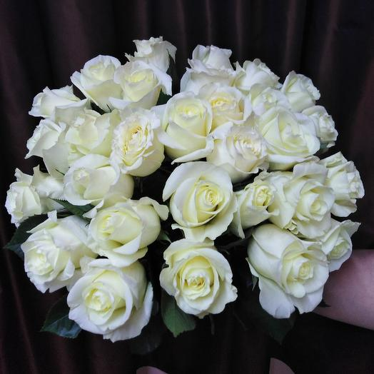 Белая эквадорская роза: букеты цветов на заказ Flowwow