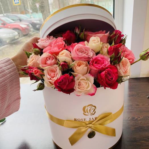 Шляпная Коробка с розами Элит
