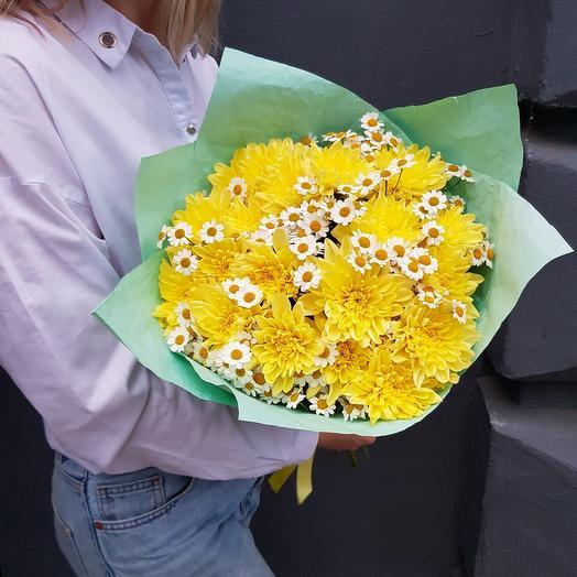 Хризантемы с ромашками