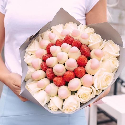 Букет из Роз и Клубники в Шоколаде «Нежное утро»