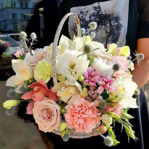 """Цветы в корзине """"Улыбнись"""""""