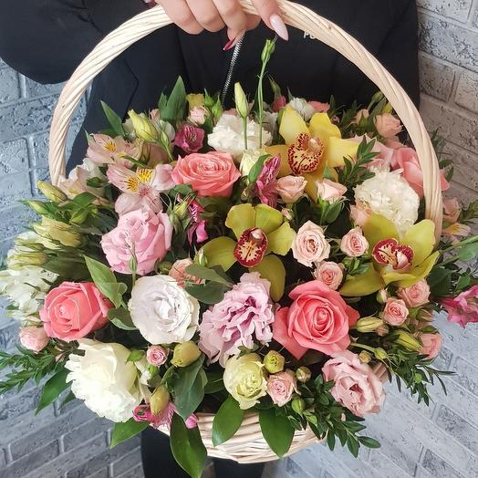 Корзина с цветами2