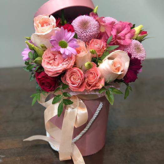 Цветы в коробке Мусс