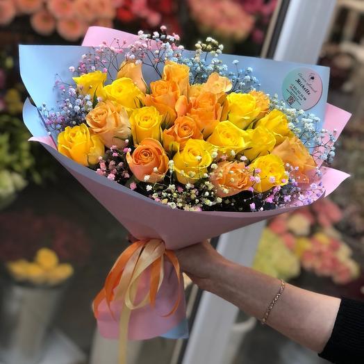 Монобукет из ярких роз