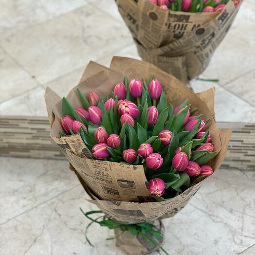 Монобукет из пионовидных тюльпанов
