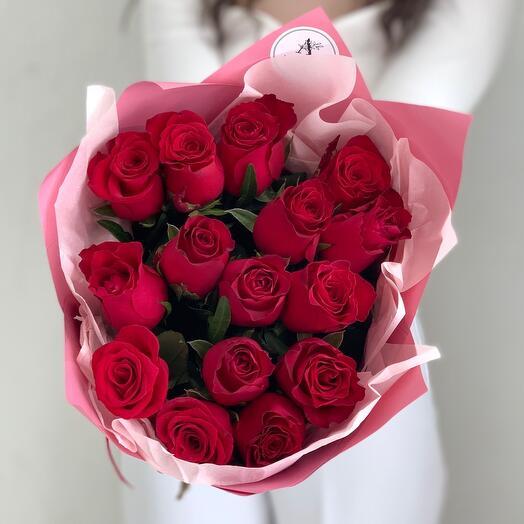 Букет из 15 красных роз Кения