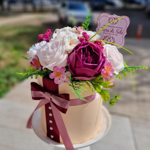 Цветы из мыла в коробке