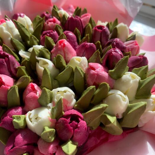 Букет Тюльпанов из цветочных чизкейков 7 штук
