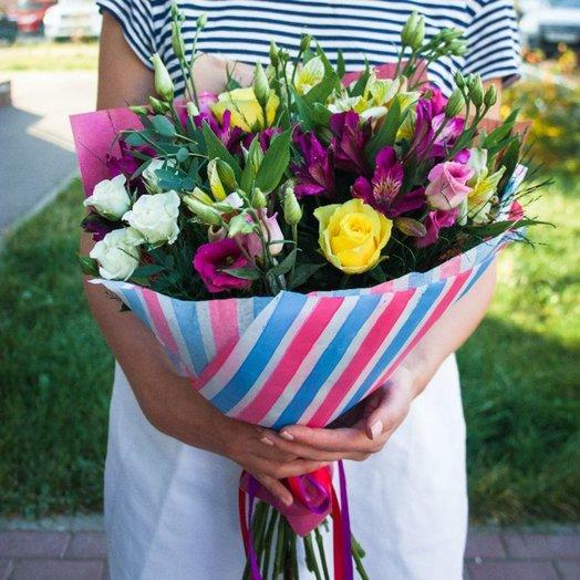 Летняя атмосфера: букеты цветов на заказ Flowwow