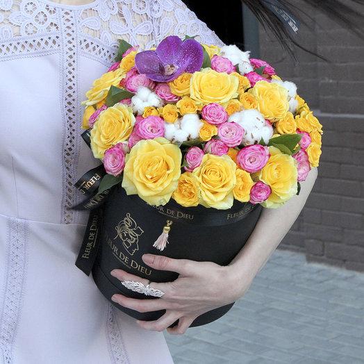 ЦВЕТЫ В КОРОБКЕ МИКС 091: букеты цветов на заказ Flowwow