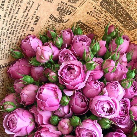 Классический букет из пионовидной розы