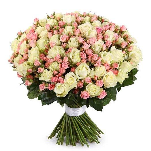"""Букет """"51 белая роза, 30 кустовых розовых роз"""". Код 180096: букеты цветов на заказ Flowwow"""
