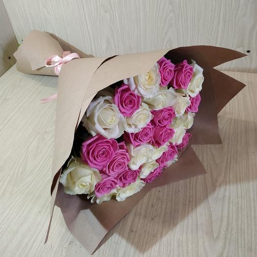 Микс из 29 роз: букеты цветов на заказ Flowwow