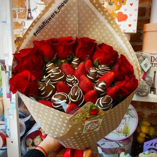 Букетик с клубникой Love: букеты цветов на заказ Flowwow