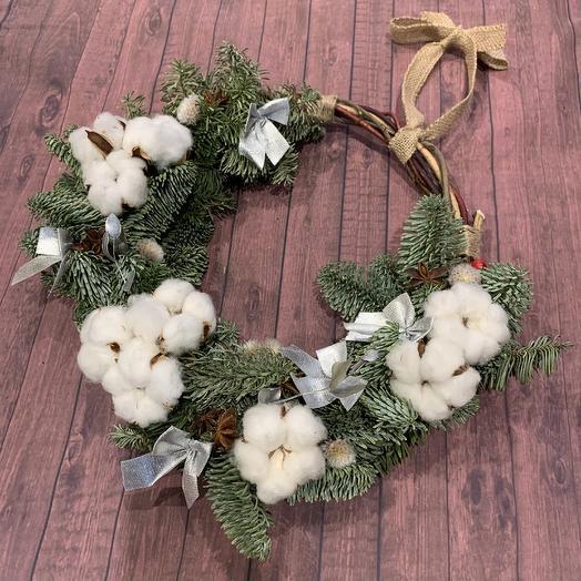 Рождественский венок с хлопком: букеты цветов на заказ Flowwow