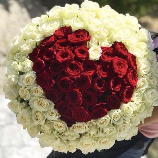 Букет из роз в виде сердца: букеты цветов на заказ Flowwow