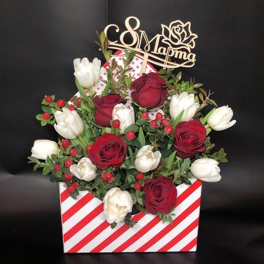 С 8 марта: букеты цветов на заказ Flowwow