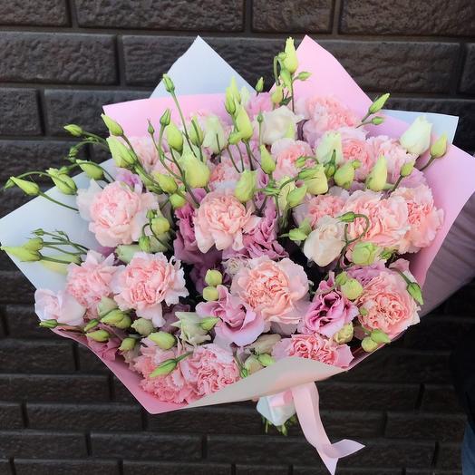 Кружевной микс из диантусов и эустом: букеты цветов на заказ Flowwow