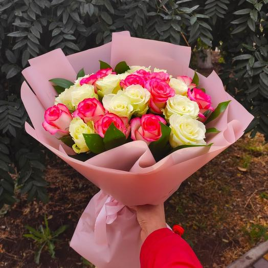 Розы в корейской упаковке