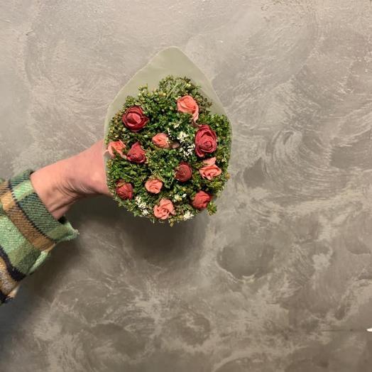 Букет из сухоцветов с искусственной розой