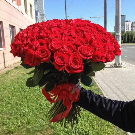 101 красная розы