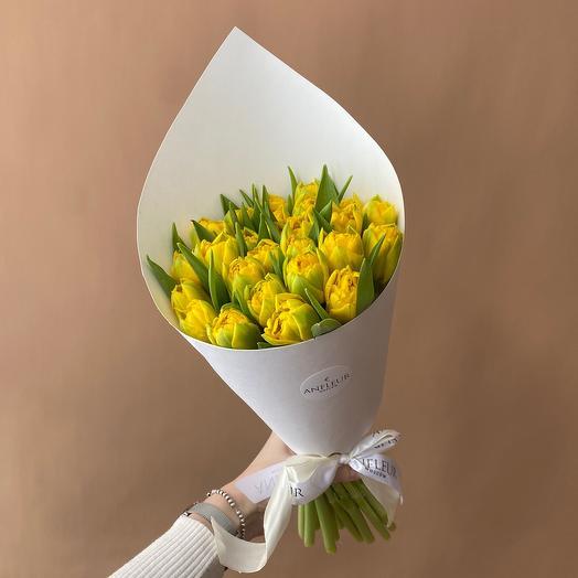 Букет из жёлтых пионовидных тюльпанов
