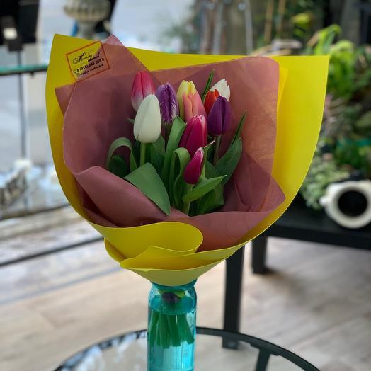 9 Тюльпанов + оформление ️