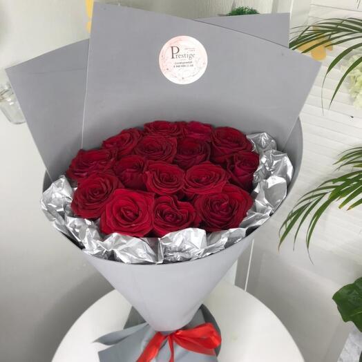 Классика красных роз