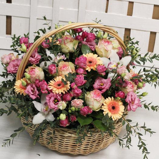 Пудровая роскошь: букеты цветов на заказ Flowwow