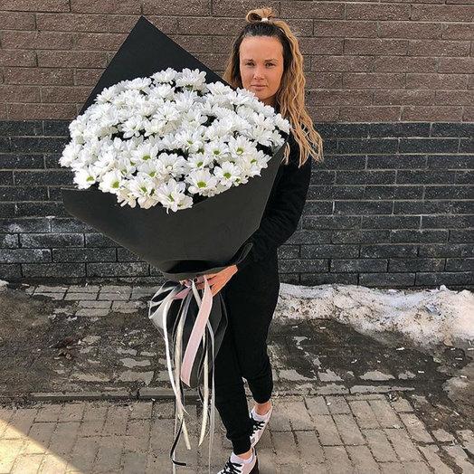 Букет В чёрном крафте: букеты цветов на заказ Flowwow
