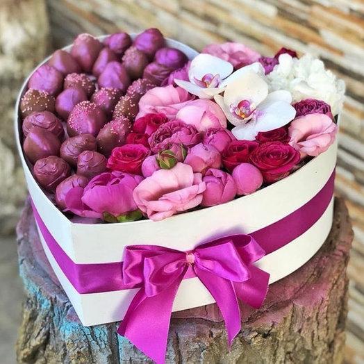 Подарок руководителю/Коллеге: букеты цветов на заказ Flowwow