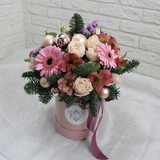 Новый год в розовом: букеты цветов на заказ Flowwow