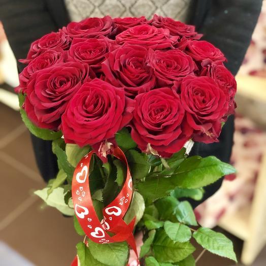 Красные розы 15 шт: букеты цветов на заказ Flowwow