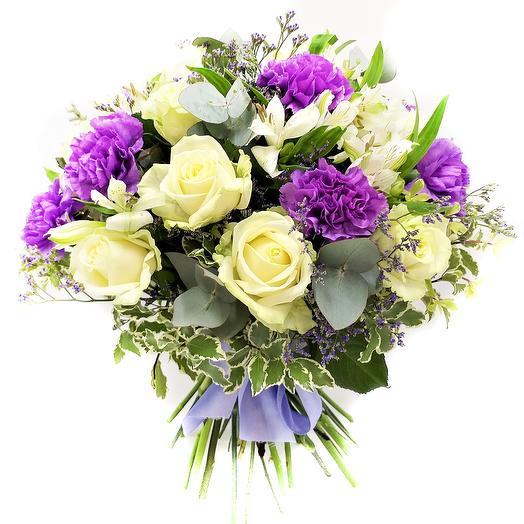 Букет с розами и лунными гвоздиками: букеты цветов на заказ Flowwow