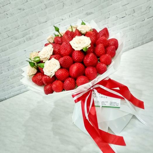 """Букет """"Клубника со сливками"""": букеты цветов на заказ Flowwow"""