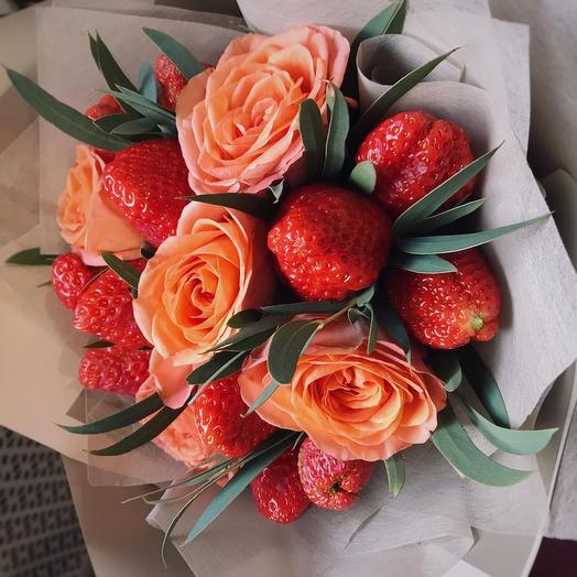 Клубничная рапсодия: букеты цветов на заказ Flowwow