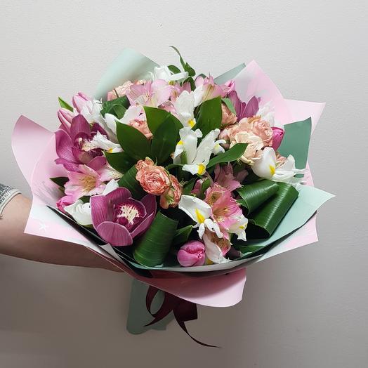 Букет С ОРХИДЕЕЙ: букеты цветов на заказ Flowwow