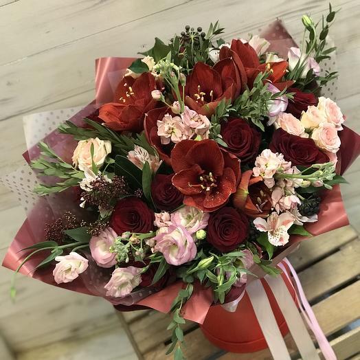 Яркий букет для элегантной женщины: букеты цветов на заказ Flowwow