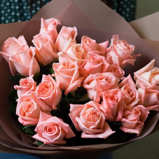 Букет розовых роз Энгажемент 25шт