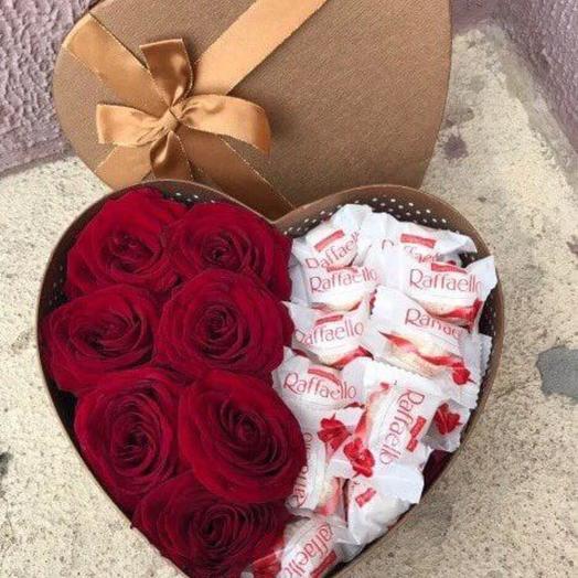 Сердце с красными розами и Рафаэлло
