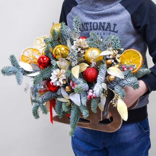 Санки Санта Клауса: букеты цветов на заказ Flowwow