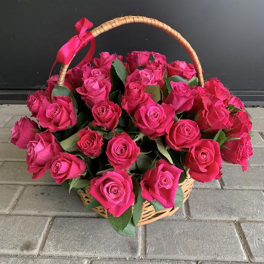 Корзина роз 51 шт: букеты цветов на заказ Flowwow