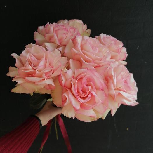 Кружевной шик: букеты цветов на заказ Flowwow