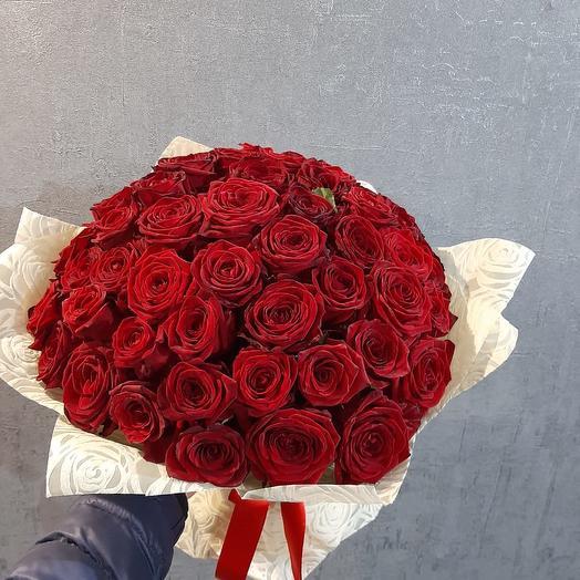 Букет  красных роз 51 шт